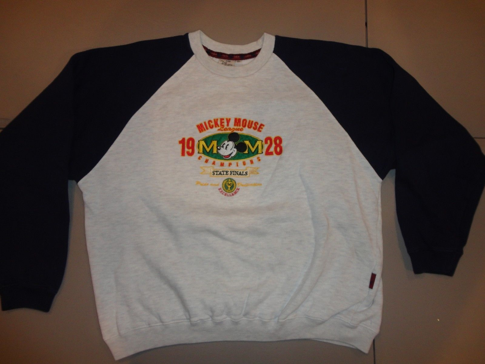 Primary image for Disney Mickey Mouse Embroidered State Finals 1928 Raglan Crew Sweatshirt XL NICE