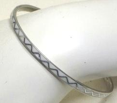 Vintage White Enamel & Alpaca Mexico Bangle Bracelet - $9.99