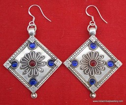 ANTIQUETRADITIONAL DESIGN STERLING SILVER EARRING PAIR - $108.90