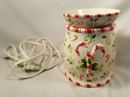 """Christmas Yankee Candle Candy Cane """"Room Fragra... - $24.75"""