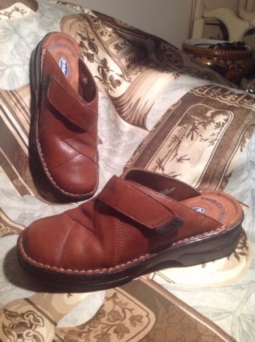 354efe3b6c85 Dr. Scholl s Women s 6M Woven Leather Mules and 50 similar items. 12