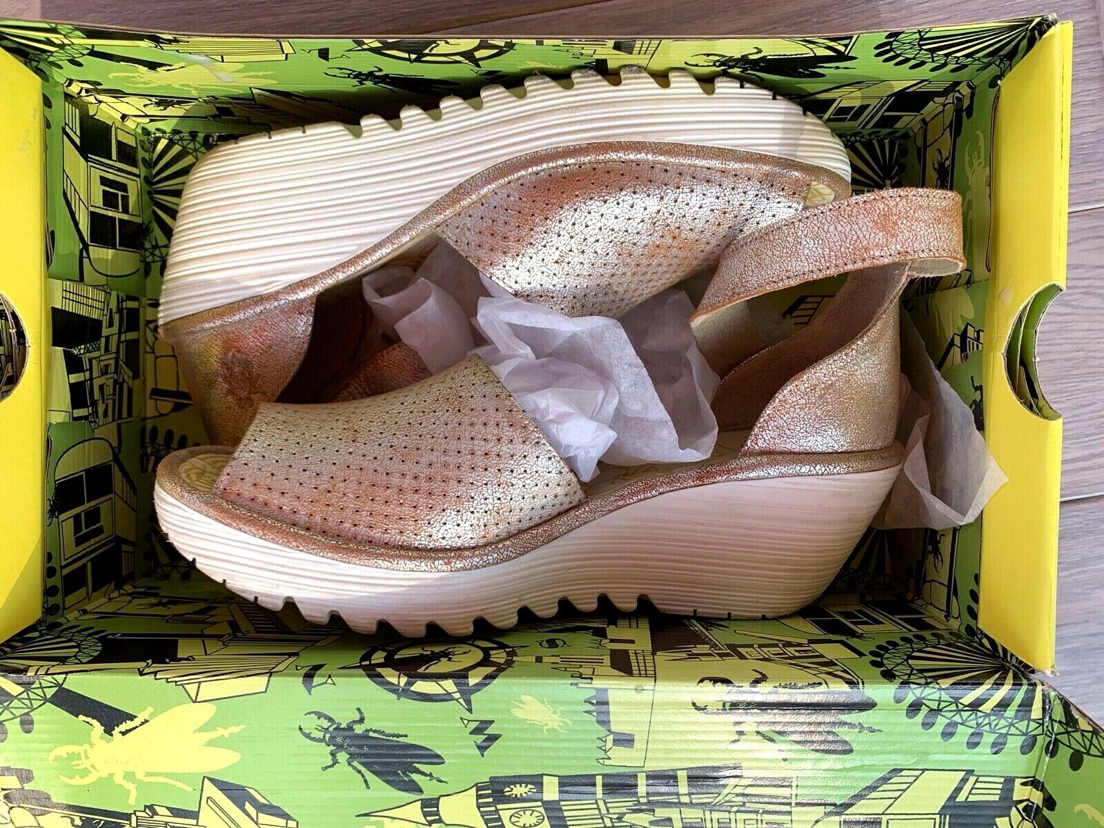 FLY London 40 9 9.5 pearl Perforated Leather Wedge Sandals Yake W Box Preowned