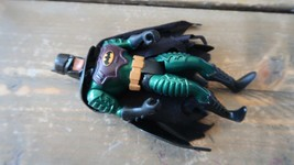 1994 Kenner Batman Figurine Articulée - $10.36