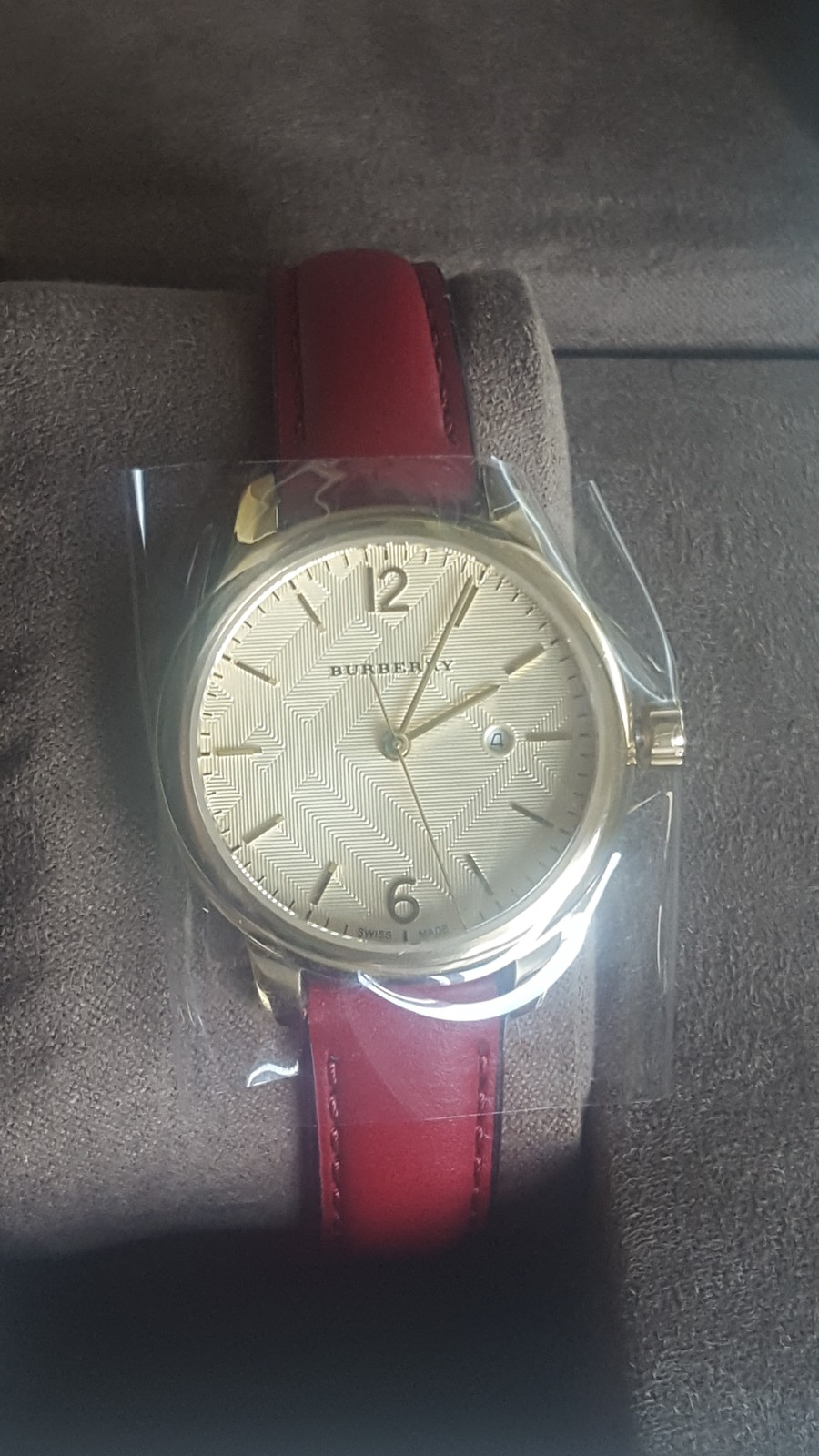 NWT *AUTHENTIC* Burberry BU10102 Women's Swiss Red Leather Strap Watch image 3