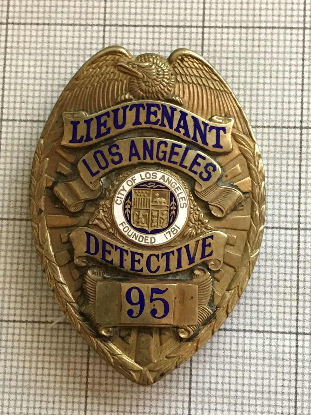 Primary image for Los Angeles Lieutenant Detective Police Obsolete Badge #95