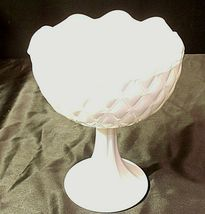 White Ruffle Heavy Etched Chalice Cut Glass (Large ) AA20-CD0065 Vintage image 7