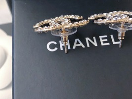 100% AUTH NEW CHANEL 2019 XL Large Gold CC Crystal Stud Earrings image 7