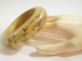 Wood Bangle Bracelet WOODBURNED Tree BRANCH DESIGN Nice Grain Tan Brown ... - $14.84