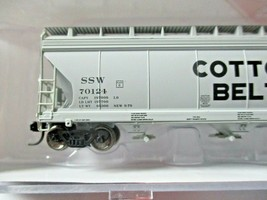 Intermountain # 67044 Cotton Belt 4650 3-Bay Covered Hopper N-Scale image 2