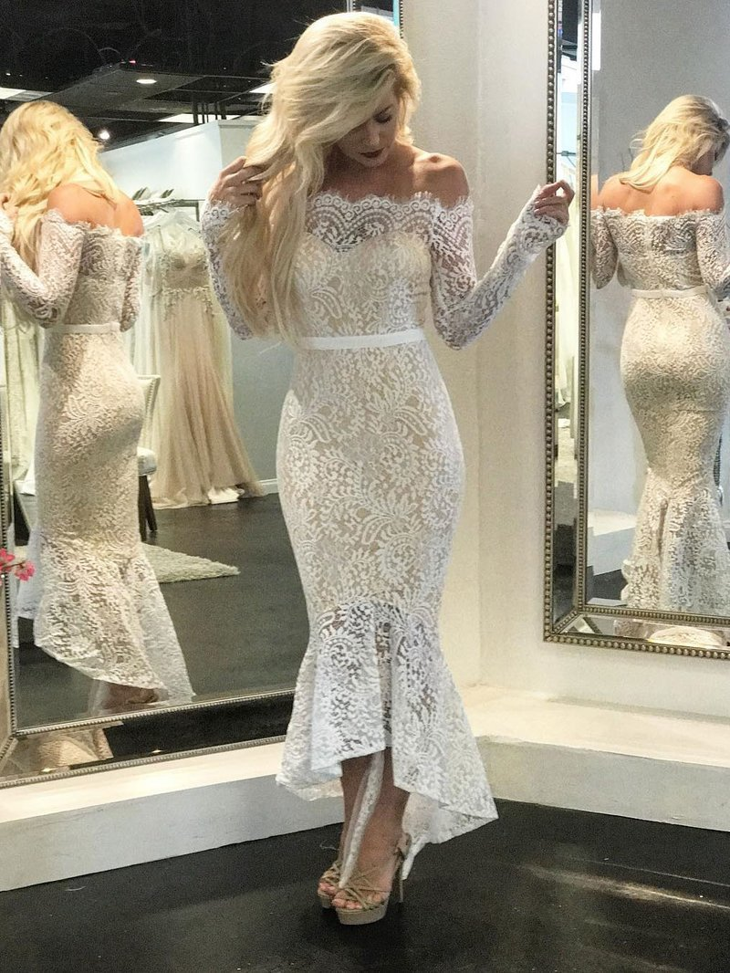 Off the shoulder Vintage Lace Long Sleeves Mermaid Wedding Dresses prom dresses