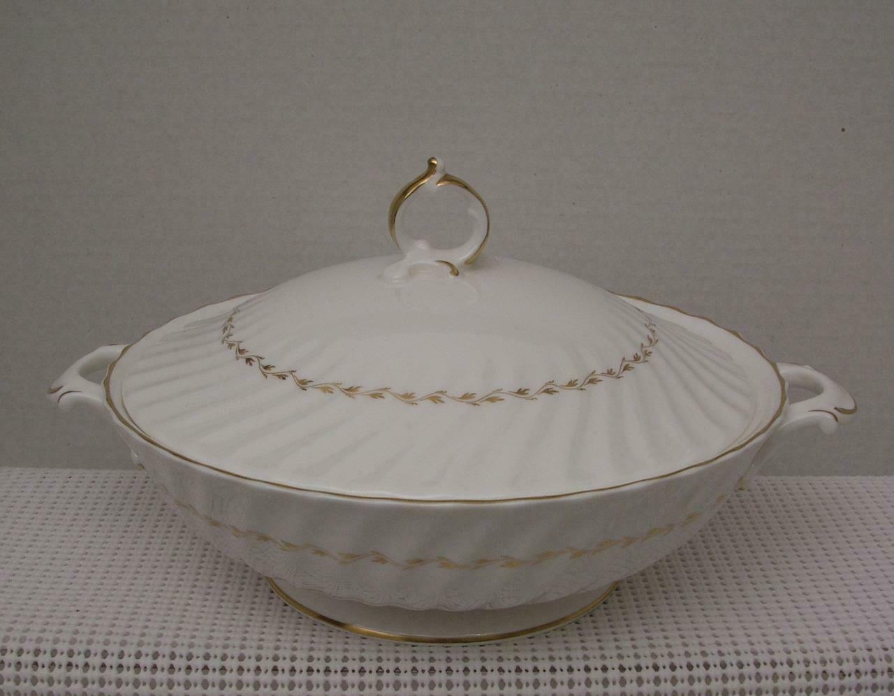 Primary image for ADRIAN by Royal Doulton China ROUND COVERED VEGETETABLE BOWL H.4816 Gold Laurel