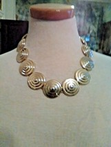 VINTAGE GOLDEN CHOKER NECKLACE CONCENTRIC CIRCLE CARVED LINKS - $25.00