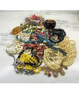 Vintage Costume Jewelry Lot Bead Necklaces Bracelets Brooch Earrings C2846 - $43.37