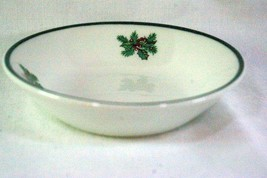 Johnson Brothers Victorian Christmas Berry Bowl - $12.59