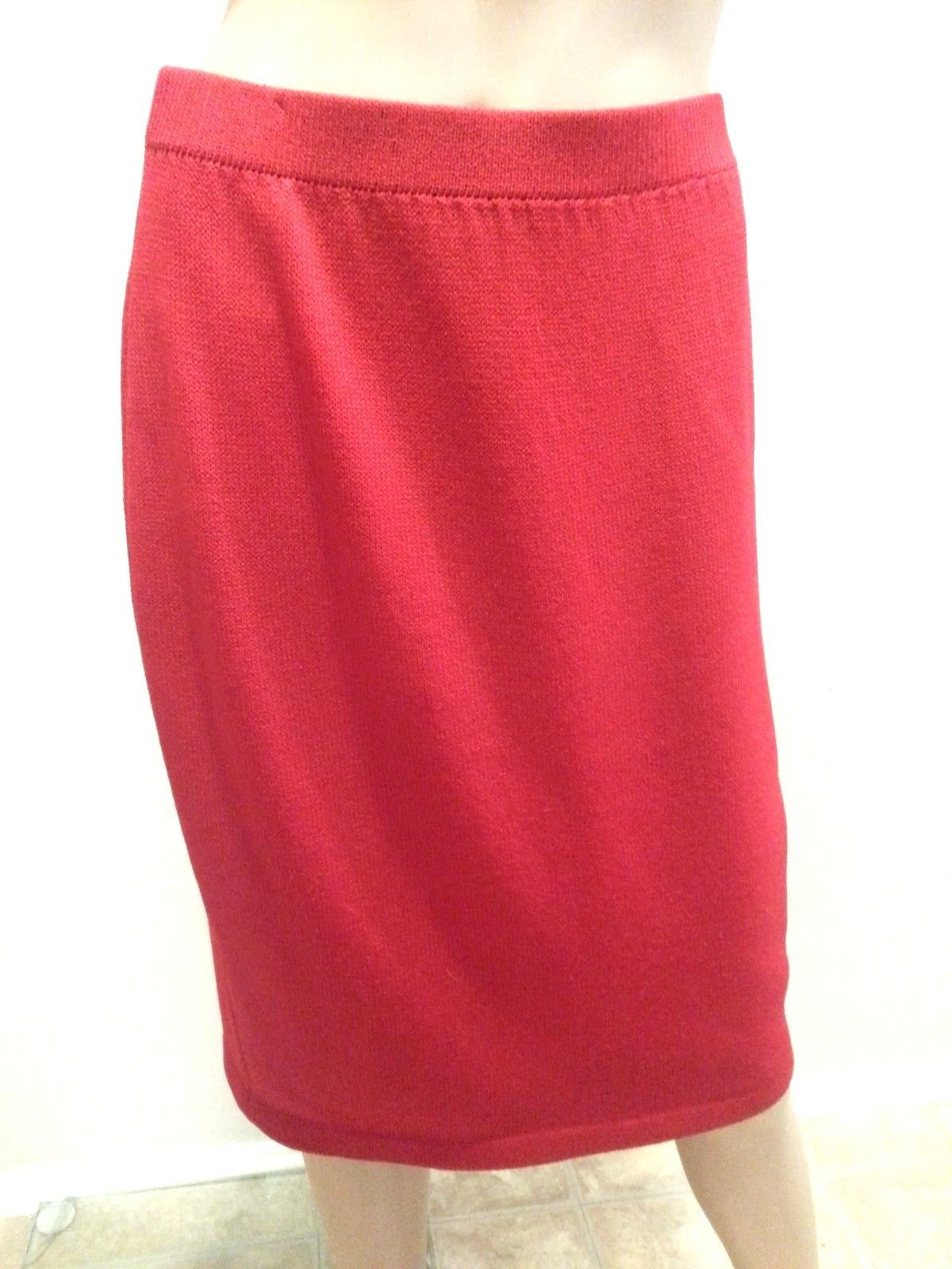 St. John Collection Marie Gray Dark Red Santana Knit Pencil Skirt 8 - $123.49