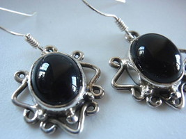 Boldly Framed BLACK ONYX  925 Sterling Silver Dangle Earrings Corona Sun... - $12.86