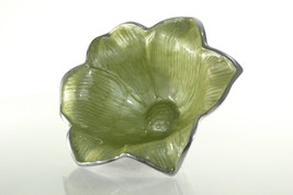 Julia Knight Lilly Serving Bowl Kiwi Green Crushed Mother of Pearl Alumi... - ₹3,708.25 INR