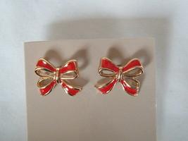 "Retro Vintage Avon 1985 ""Delicate Ribbon Earrings"" - $5.99"