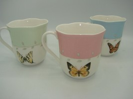 LENOX Butterfly Meadow Coffee Cup Mug Scalloped Rim Height: 3 5/8 in Yel... - $7.99