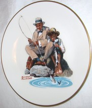 THE DANBURY MINT NORMAN ROCKWELL CATCHING THE BIG ONE GORHAM FINE CHINA ... - $18.29