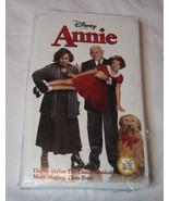 Disney Presents Annie VHS, 2000 Classic Musical Victor Garber Free Shipp... - $11.85