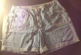 St. John's Bay Woman's Shorts Size 18 B#15 - $11.30