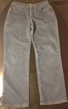 Lee Relaxed Fit Women's Size 6 Short B#15 - $13.10