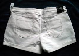 Nwt Womens Gap Sexy Boyfriend Shorts Size 16 / 33 White - $32.62