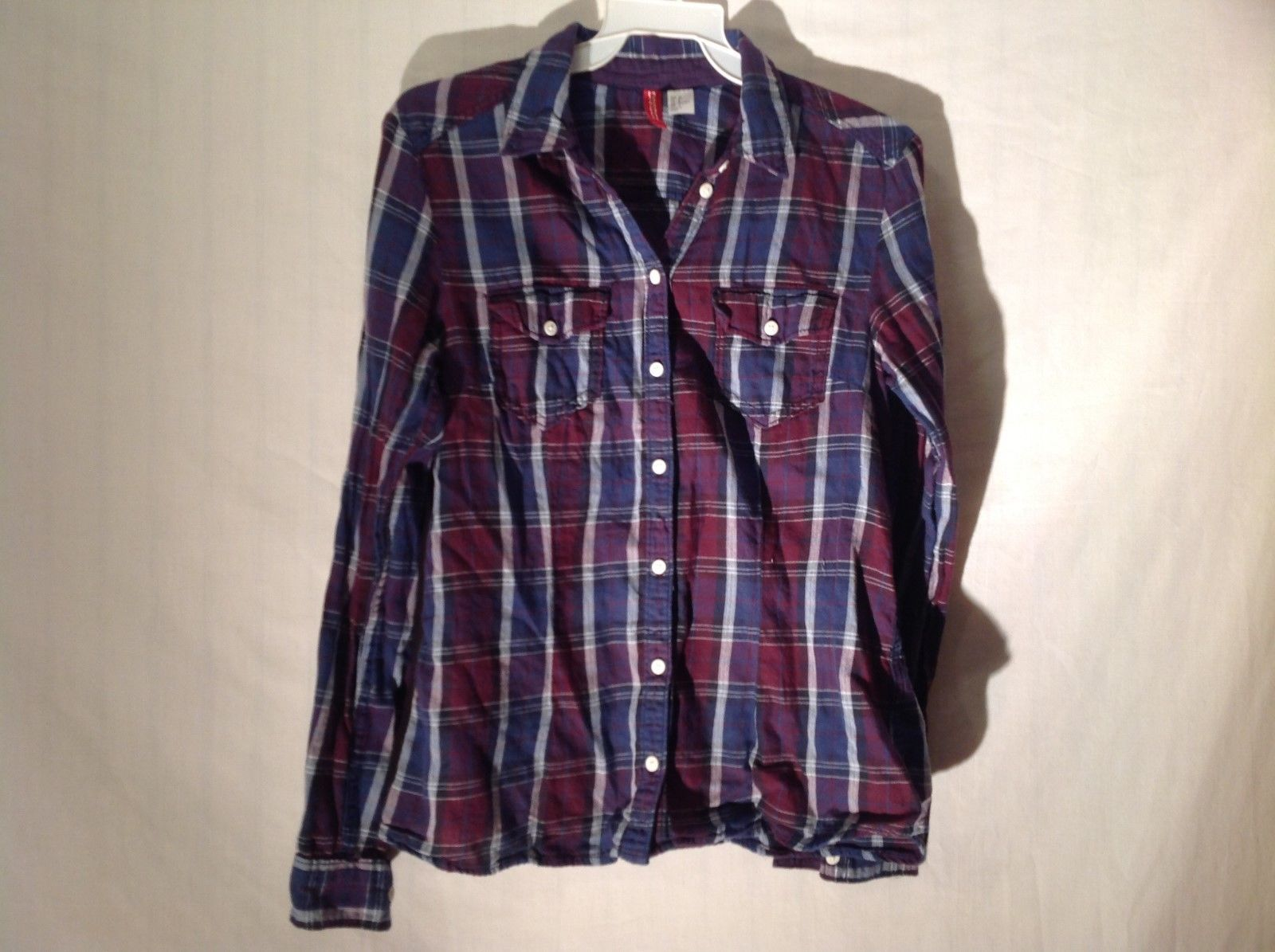 Diveded by H&M woman's plaid long sleeve shirt