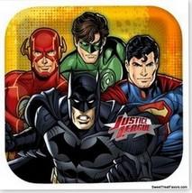 JUSTICE LEAGUE MARVEL HEROES Lunch Plates Decoration Party Batman Superm... - $6.73