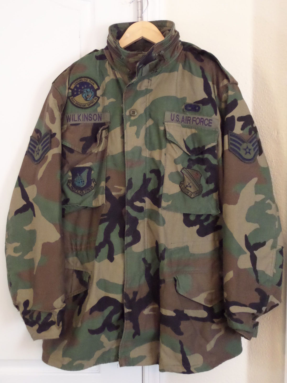 Primary image for USAF Woodland Cold Weather Field Coat Medium Long 8415-01-099-7836  Liner & Hood