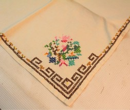 Vintage Cloth Napkins hand made crochet embroidery lot of 2 - $15.00