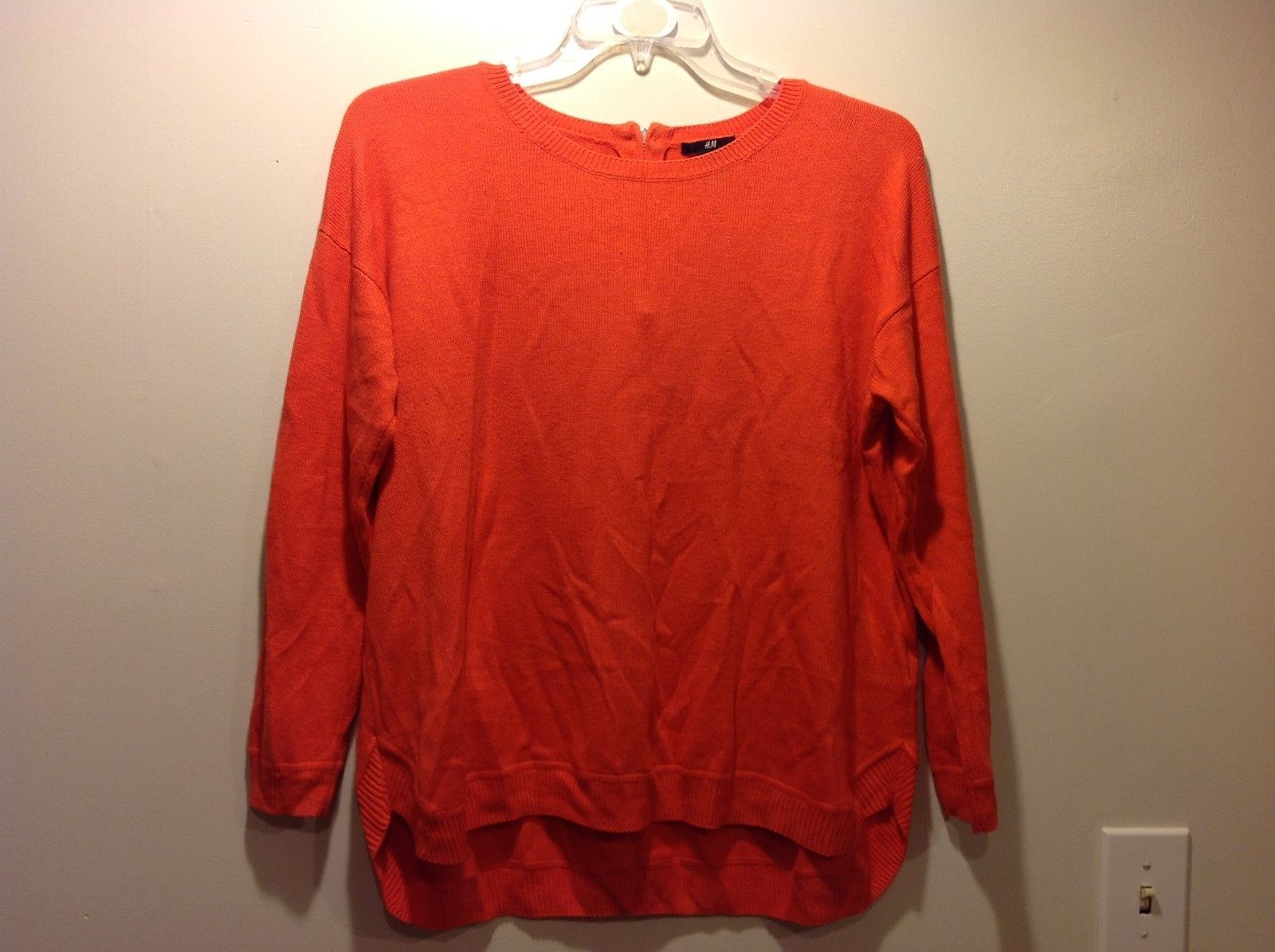 H&M Very BRIGHT Orange Sweater w Small Side Slits Sz Large