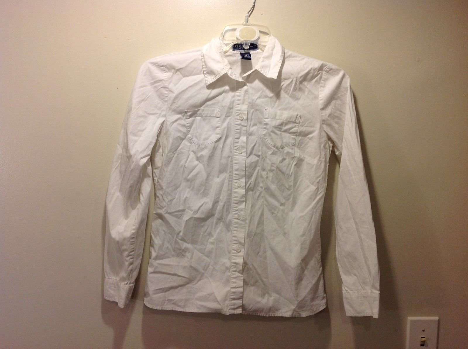 IZOD Stretch Ladies White Button Up Dress Shirt Sz Small