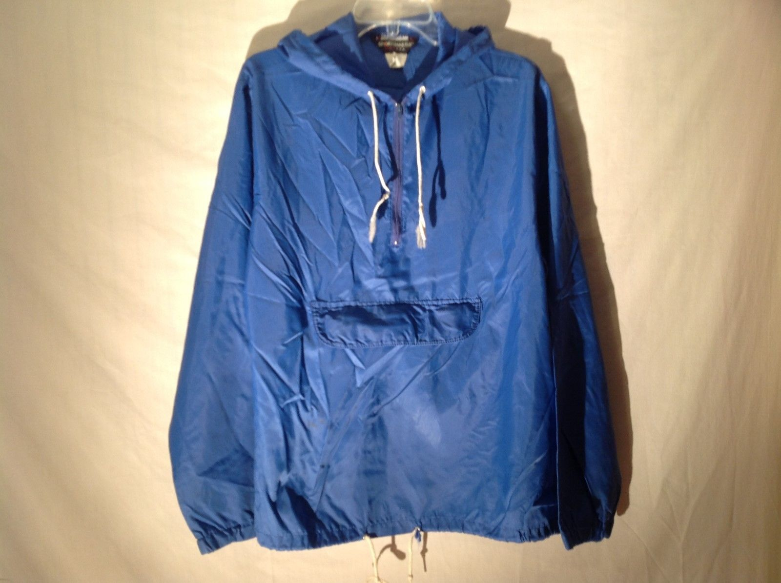 Blue Sportsmaster size L wind breaker