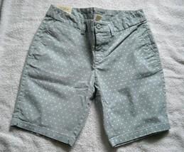 "Nwt Womens Gap The City 10"" Bermuda Shorts Size 0 Baby Blue White Dots - $32.62"