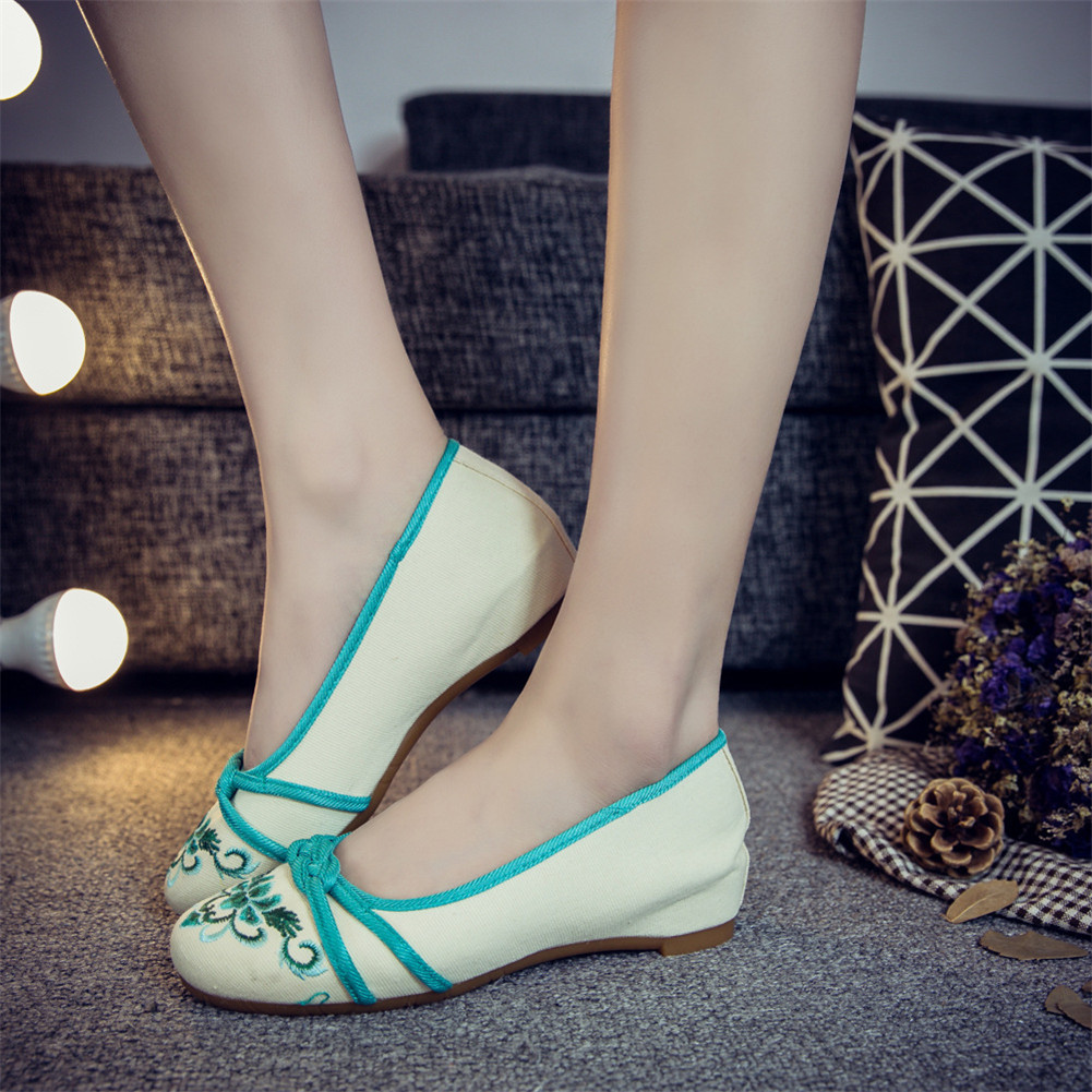 Chinese Embroidery Shoes embroidered Canvas Shoes dancing shoes green image 2