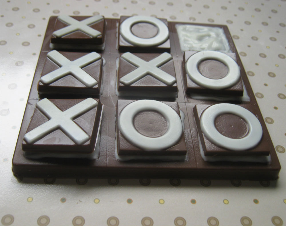 Solid chocolate playable tic tac toe edible chocolate game board image 3