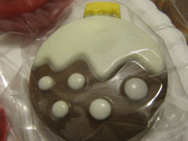 Christmas ornament chocolate covered sandwich cookies image 4