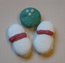 3 piece bowling ball and bowling pins chocolate covered sandwich cookie and pean image 2