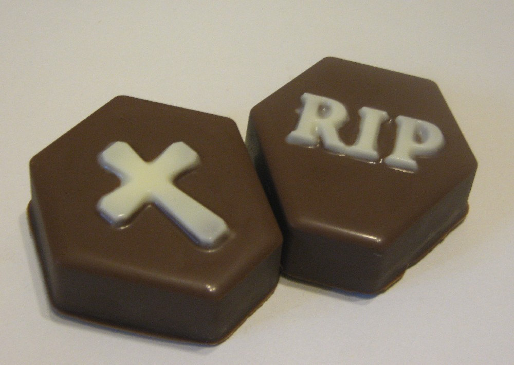 Tombstone cross and rip chocolate covered oreo sandwich cookies party favors image 2