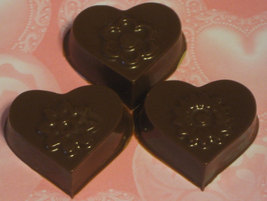 One dozen hearts and flowers caramel or peanut butter cup party favors image 3