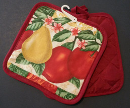 FRUIT DESIGN POTHOLDERS Set of 2 Fleur de Lis Red Country Apple Pear NEW - $6.99