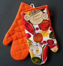 SUMMER FRUIT theme OVEN MITTS Set of 2 Red Orange trim NEW image 1