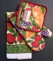FRUIT theme KITCHEN LINENS 3-pc Potholder Oven Mitt Towel Red Apple Grap... - $12.99