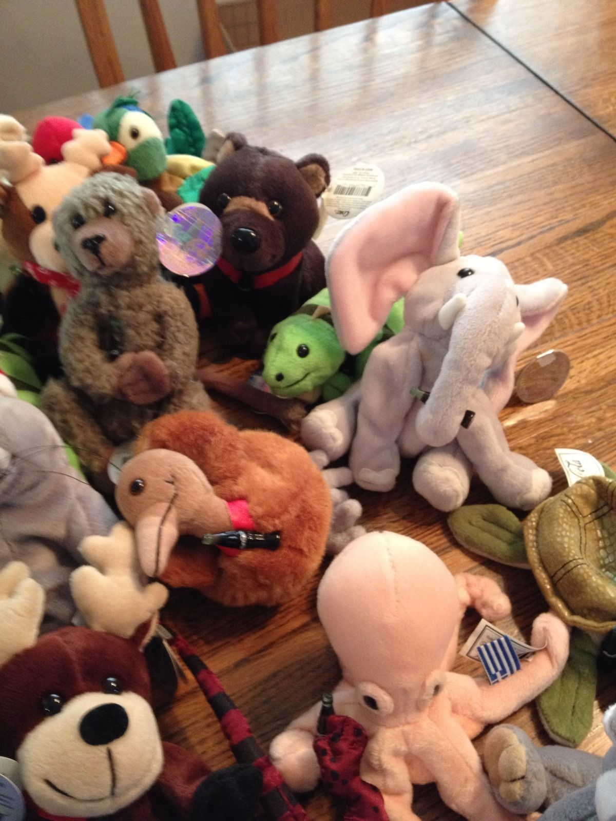 ad454d3d714 ... Lot of 22 Coca Cola beanie babies from different countries and other  with tags ...