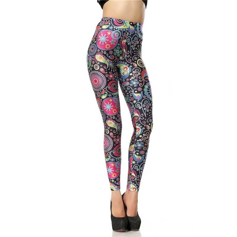 Retro Paisley Flower Women's Leggings Yoga Workout Capri Pants