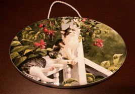 NEW Tabby Cats Plaque / Wall Hanging, Oval Art, Painting, White Tabby Ki... - $8.99