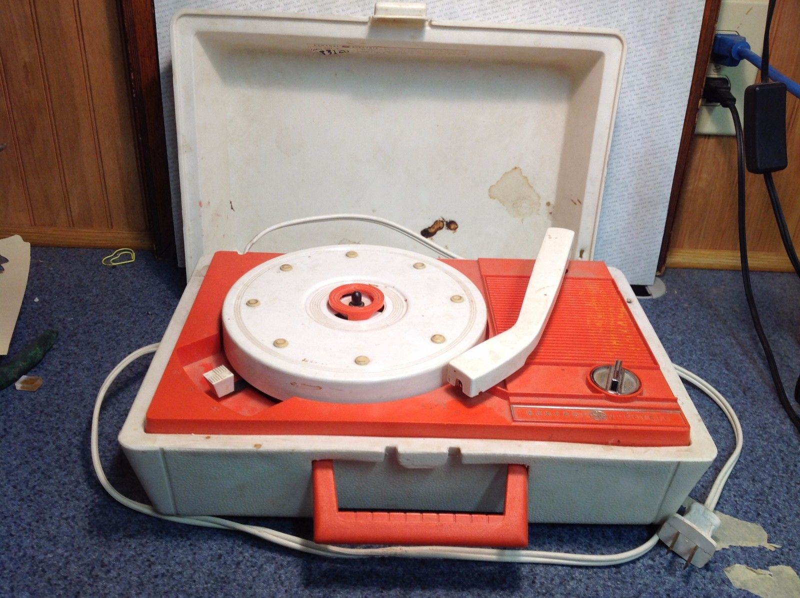 Vintage GE White and Orange 2 Speed Portable Record Player