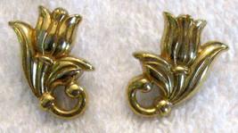 Avon Tulip Flower Pierced Earrings Figural Gold Tone Hypo Allergenic ✿ V... - $19.76